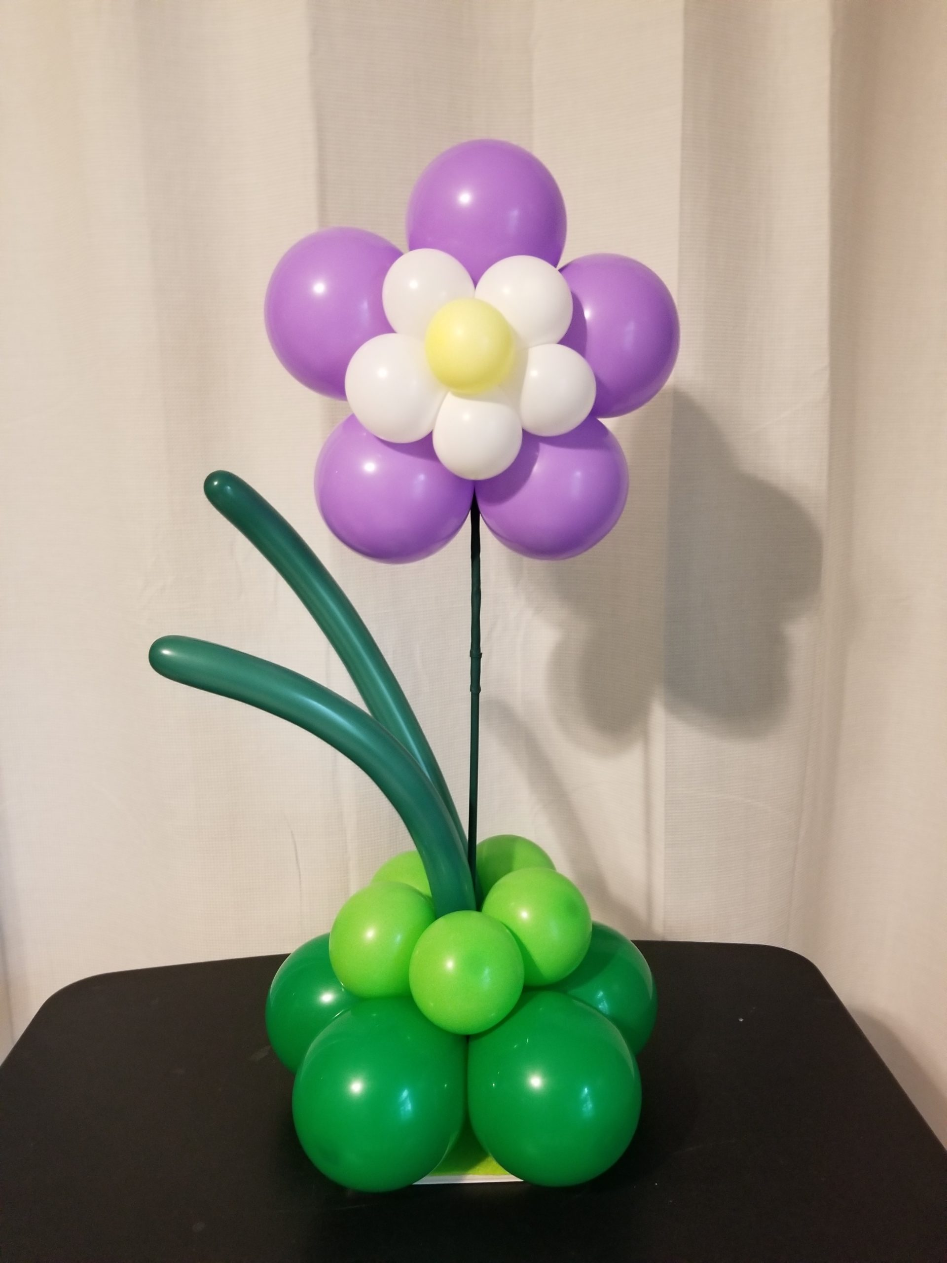 Simple Balloon Centerpiece